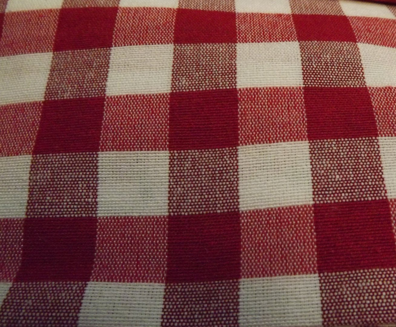 Tessuto quadri rossi bianchi di lato cm 2 0 alto cm 180 for Quadri astratti rossi